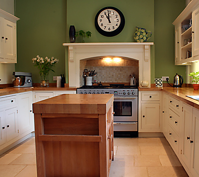 Kitchen remodel designs low budget kitchen renovation ideas for Kitchen ideas on a budget uk